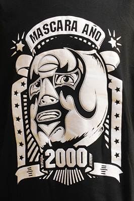"T-shirt catch "" Mascara Año 2000"""