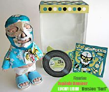"Zopilote Ramirez, version ""Surf"" figurine Art Toy Collector"