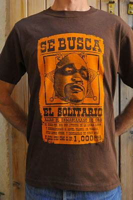 "T-shirt catch ""Se Busca"""